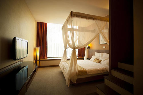 Siloso Beach Resort Family Room Promotion
